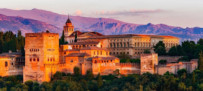 Centros Comerciales abiertos hoy en Granada